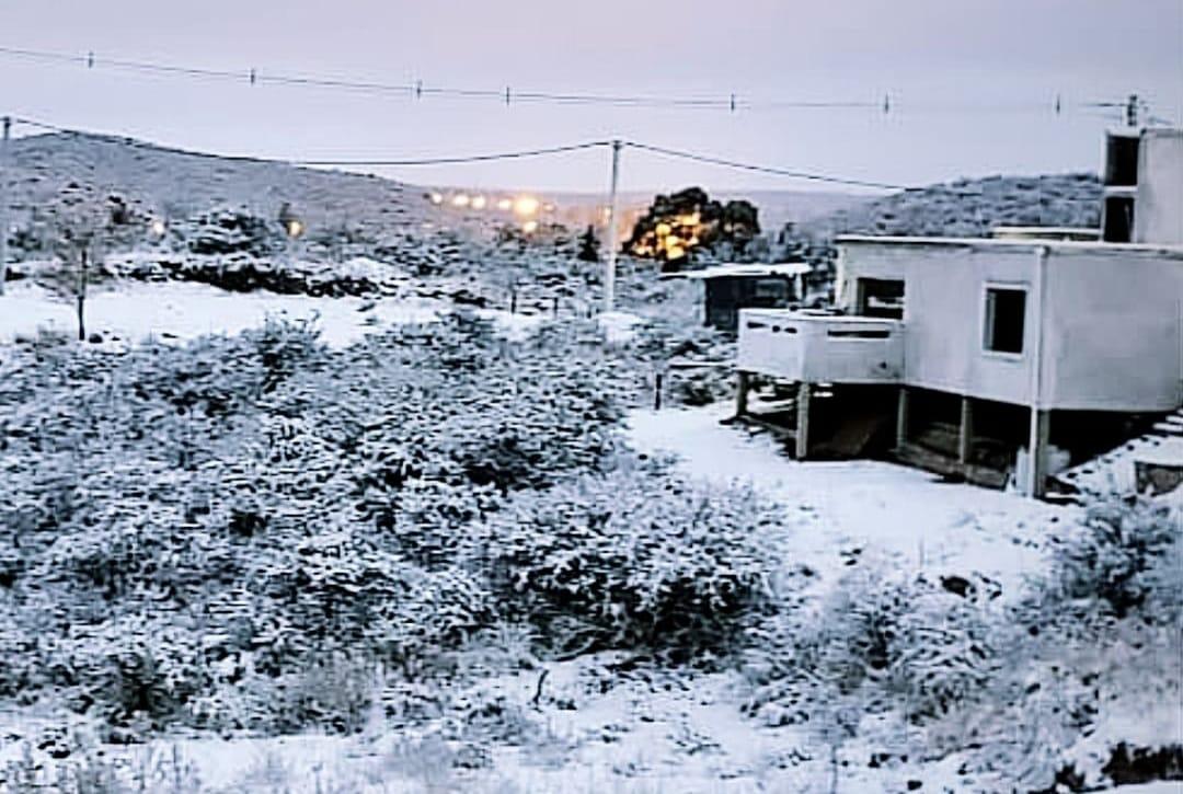 Llegó la nieve a diferentes puntos del territorio provincial